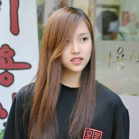 mina without makeup