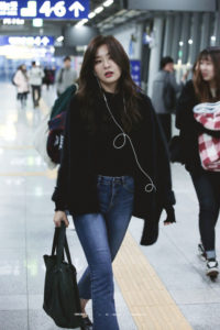 d1ff71951d7 Red Velvet Members' Daily Outfits and Airport Styles   Channel-K ...