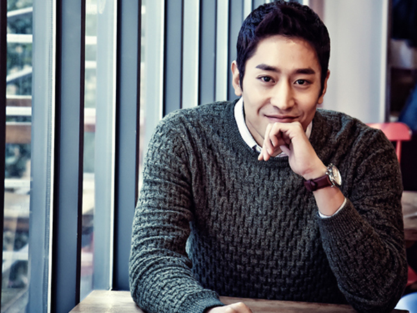 All About Eric Mun: Profile, Shinhwa, Wife, Wedding, and ...Eric Mun Scandal