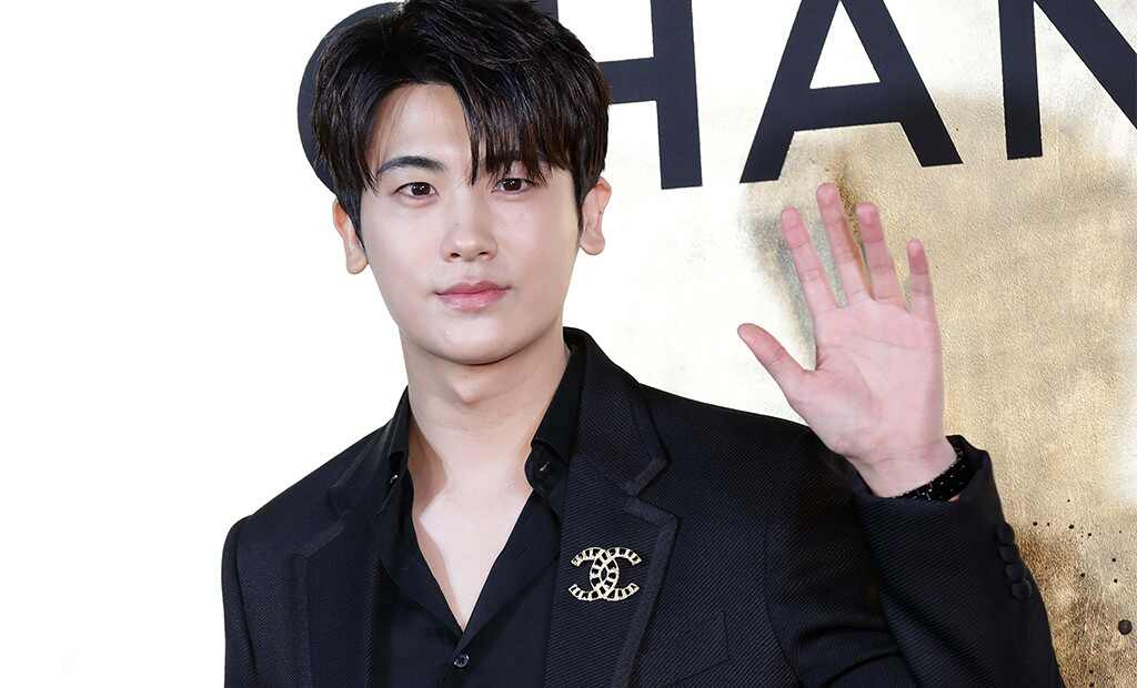 Park Hyung-sik's wife