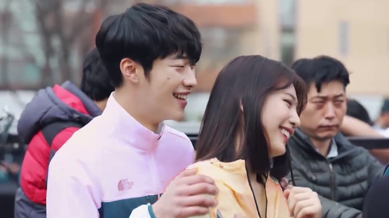Joy & Woo Do-hwan