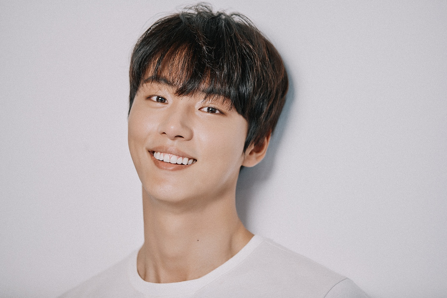 윤시윤-Yoon-Shi-yoon-actor-south--korea